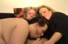 Dikke meiden pijpen vuist neuken oudere mannen klaar komen en trio sex