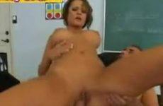 Studente geneukt door docent